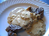 Contre-filet de boeuf : Assiette de contre-filets à la sauce oseille et Marsala
