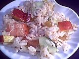 salade de riz : Assiette de salade de riz aux pêches