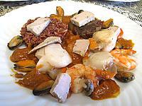 moule : Saint-Jacques à la confiture d'échalotes et au foie gras
