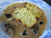 sauce chaude à base de légumes : Assiette de sauce à la truffe