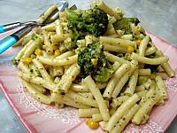 macaroni : Assiette de macaronis aux brocolis et maïs
