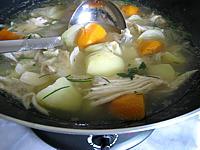 Aile de raie : Wok de soupe de raie aux herbes aromatiques