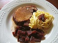 Image : Assiette de rôti de porc au Porto