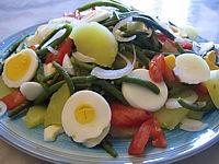 vinaigre de framboise : Assiette d'haricots verts en salade