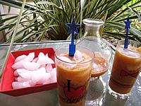 Image : Verres de boisson pêches et melon au gingembre