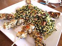 Volailles et gibiers : Plat de brochettes de poulet au sucre façon créole