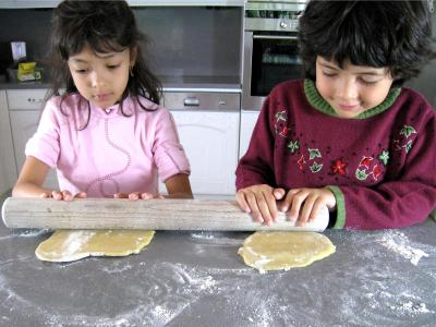 Image : Abaisse, abaisser - Pour abaisser la pâte que d'efforts !