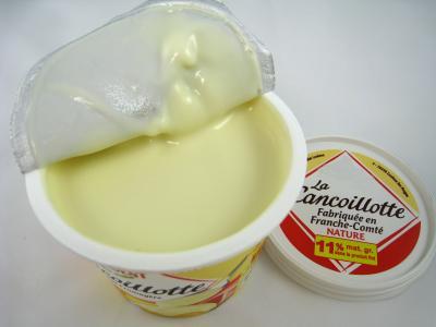 Photo : Pot de fromage cancoillote