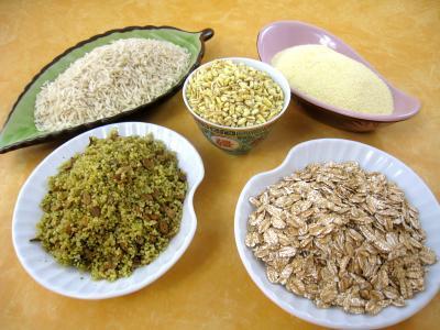 Photo : Différentes céréales, riz, blé, épeautre...
