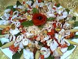 Salade tiède de poisson au pissenlit