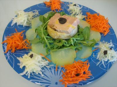 foie gras en salade chayotte et truffe