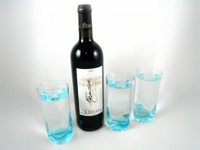 Photo : équivalence bouteille de 75 cl