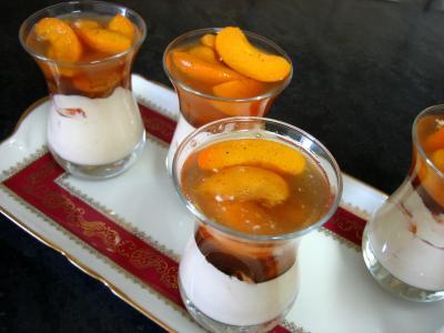Image : recette Abricots au fromage blanc et au floc de Gascogne