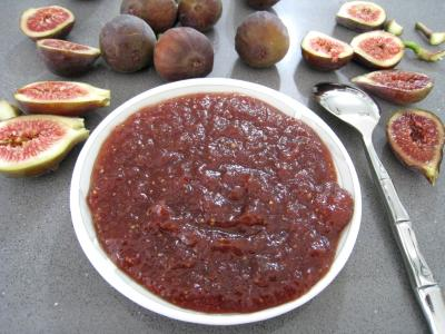 condiments : Coupelle de chutney de figues aux épices