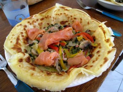 saumon fumé : Crêpes aux épinards, champignons et saumon