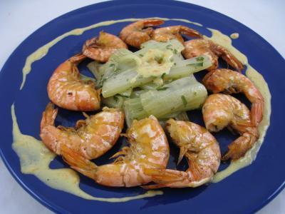 Image : Saint Valentin - Assiette de crevettes à l'anis accompagné d'une sauce à l'orange