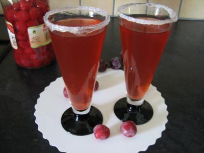 jus de cerise : Verres de cocktail au Bourbon et aux cerises