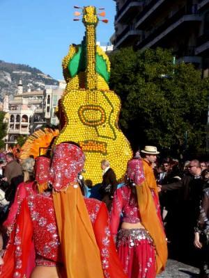 Image : Fête du citron - Défilé de chars à menton