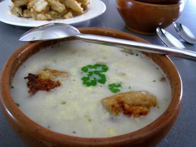 Soupe de poulet-pécorino à l'italienne