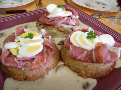 Image : recette Gâteau de Pâques aux champignons et au jambon de Parme