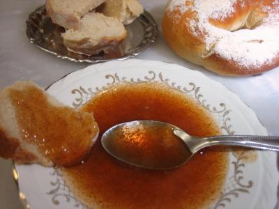 gelée : Coupelle de gelée de prunes au gingembre