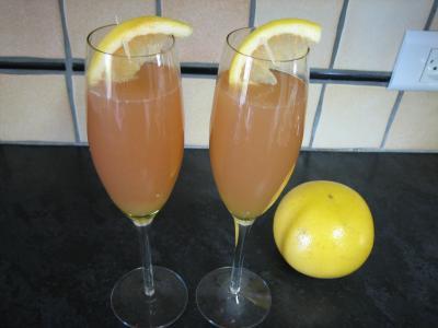 Image : Flûtes de kir au pomelo