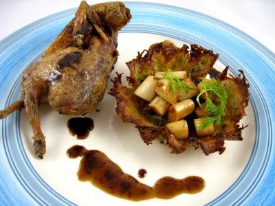 coeur de palmier : Assiette de caille rôtie et son nid de pâques