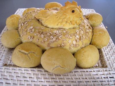 graines d'épeautre : Poule de Pâques et ses oeufs