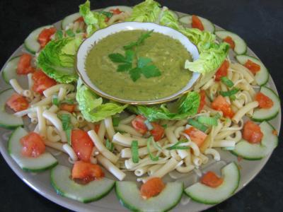 Image : Entrée - Salade Mexicaine et sa sauce guacamole
