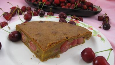 Image : Assiette de clafoutis aux cerises