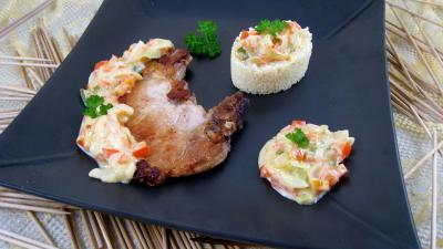 couscous semoule grains sec : Assiette de côtes de porc au lait de coco