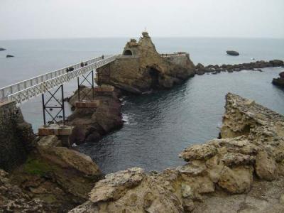 Photo : Pays basque, rocher de la vierge