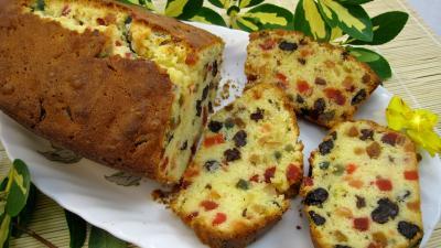 Recette Tranches de cake aux fruits confits
