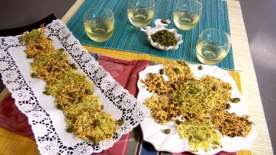Image : Vins et apéritifs - Amuse-bouche d'emmental à la pistache