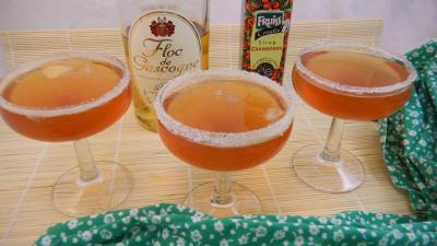 boisson froide : Verres de cocktail au floc de Gasgogne