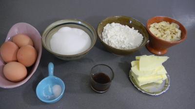 Ingrédients pour la recette : Tuiles aux amandes