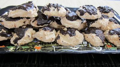 Image : Plateau de rochers à la noix de coco et chocolat