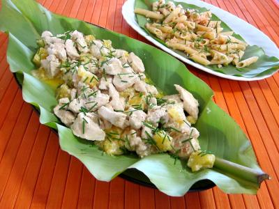Blanc de dinde : Feuilles de bananier et son plat de blanc de dinde à l'ananas
