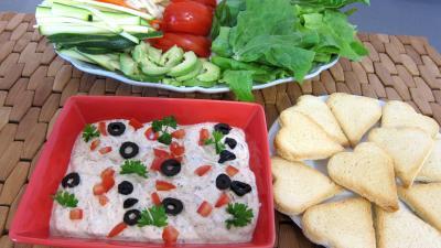 Image : Dip - Des plats de crudités et leur sauce